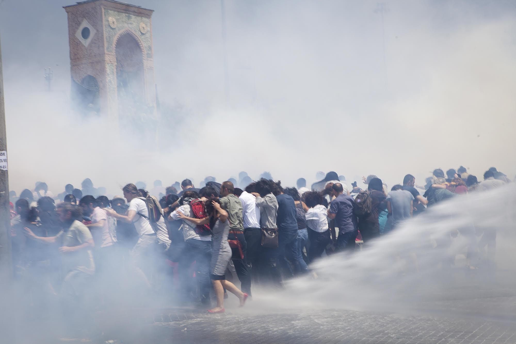 Taksim anıtı: Eren Aytuğ/NarPhotos