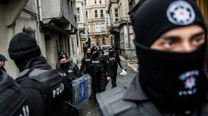 Police raiding homes in Turkey Ozan Kose (AFP)