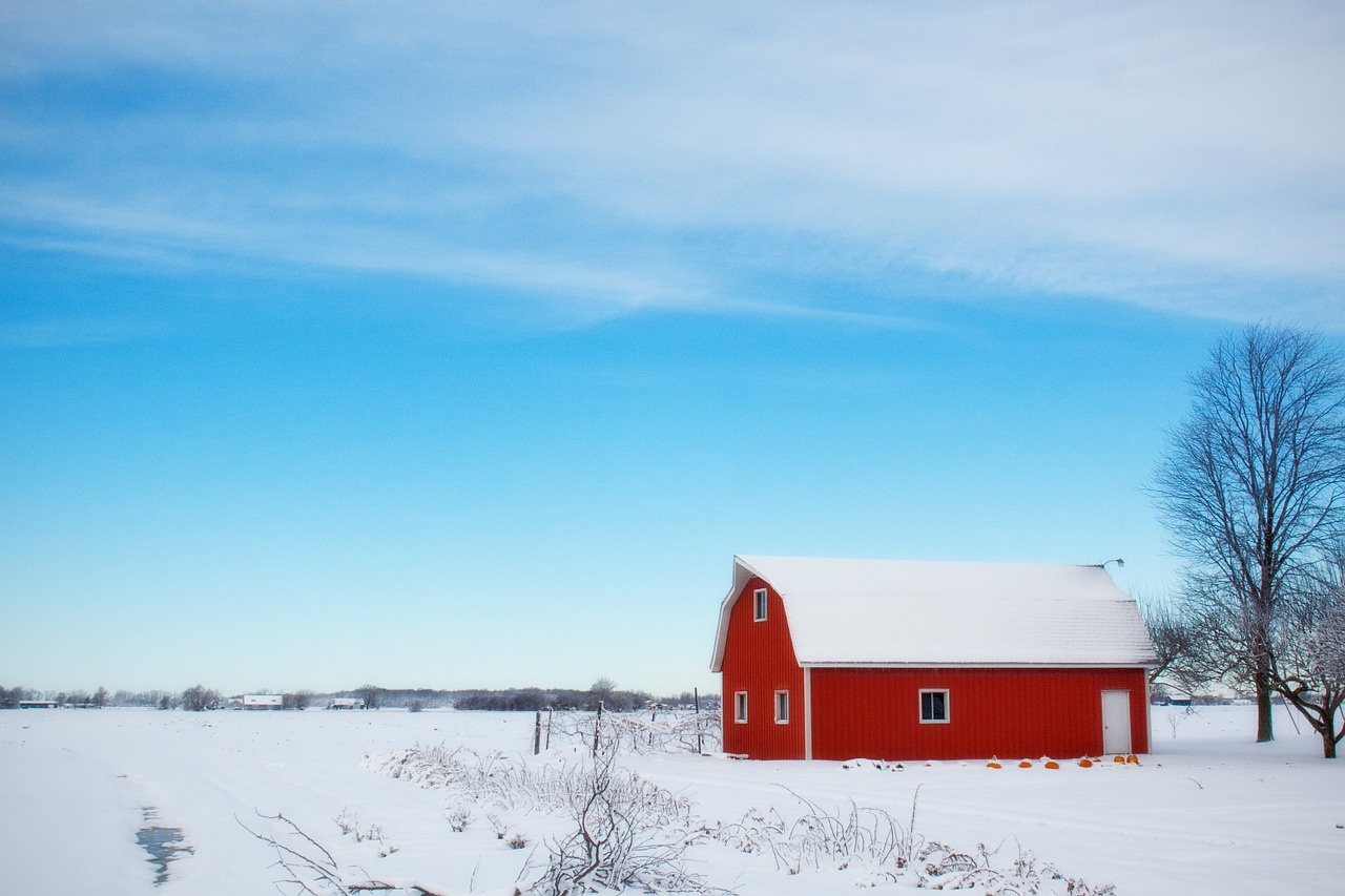 Winter Barn | Source: Pixabay