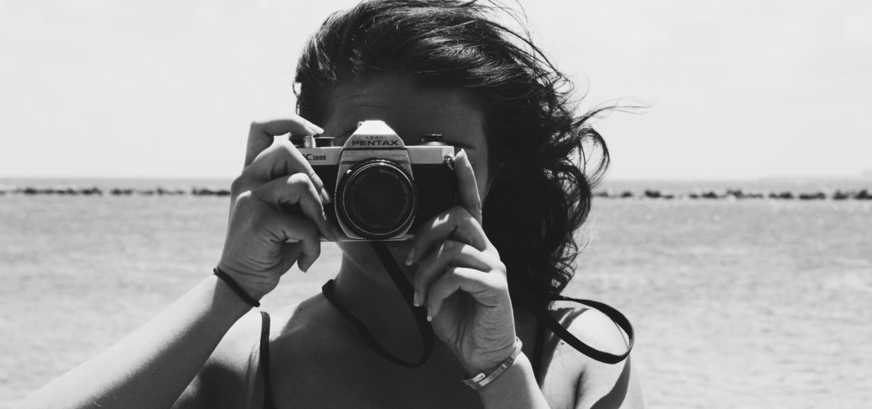 Alyx Sealy taking a photo
